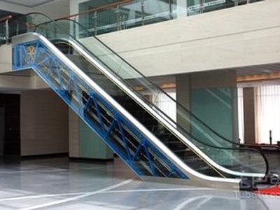 出口自動扶梯