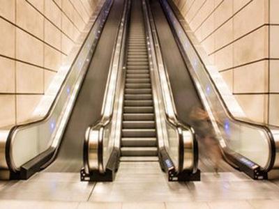 大型綜合自動扶梯